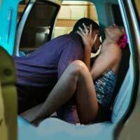 Секс в машине в девушкой